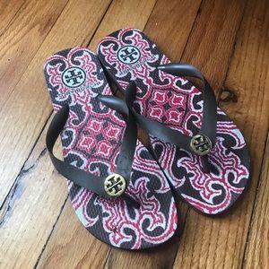 TORY BURCH flip flops size 7